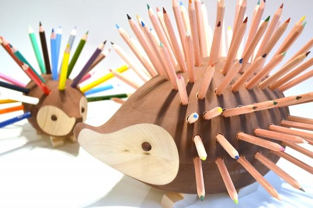 ハリネズミ色鉛筆スタンド(大)|商品画像