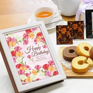 ウッディフォトアルバム×お菓子のギフト(アルバム:ホワイト、デザイン:ピンクフラワー)|商品画像