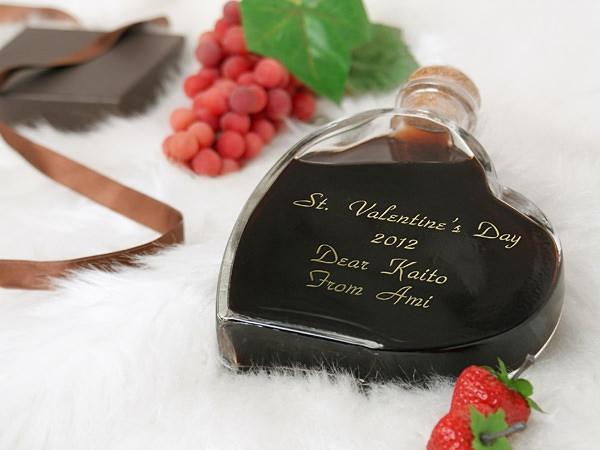 スウィートワイン 12年 [名入れハート型ワイン] 商品写真
