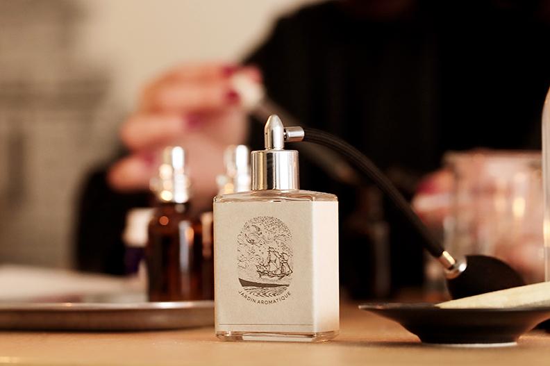 あの人をイメージした世界に一つの香り|商品写真