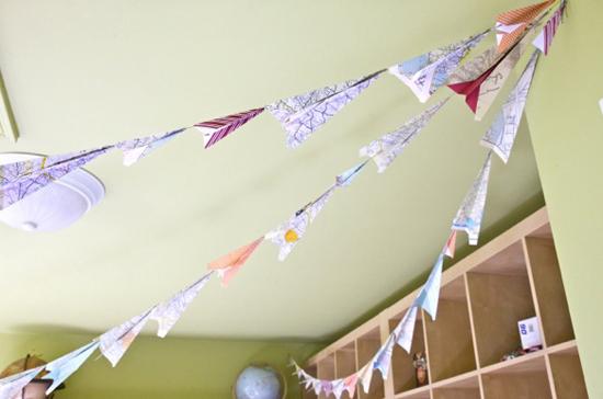 DIY-paper-plane-bunting