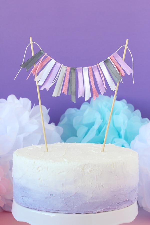 Easy-Ribbon-Cake-Bunting-10