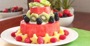 How-to-Make-a-Watermelon-Cake-Eat-Spin-Run-Repeat-2-767x510 (1)