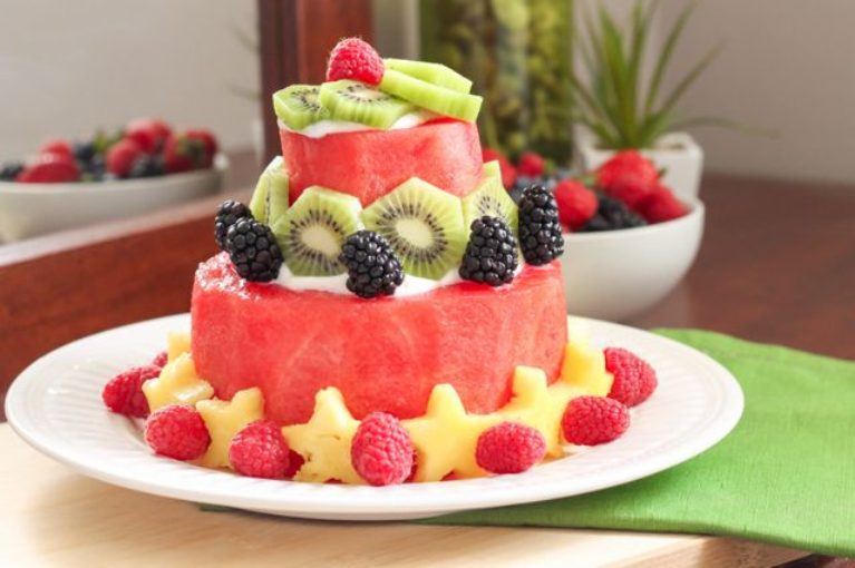 How-to-Make-a-Watermelon-Cake-Eat-Spin-Run-Repeat-2-767x510
