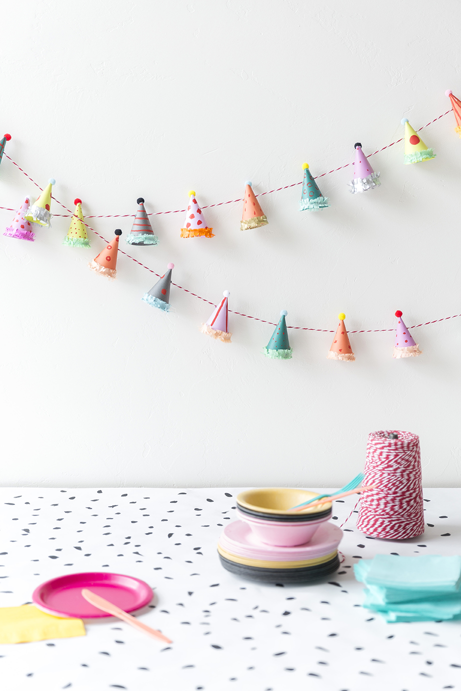 party_hat_garland11