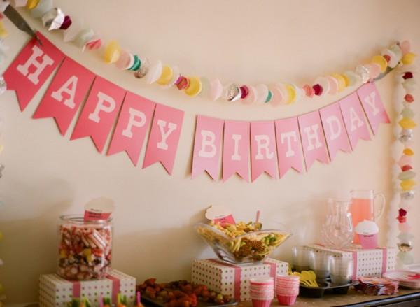 pink-happy-birthday-banner-600x439