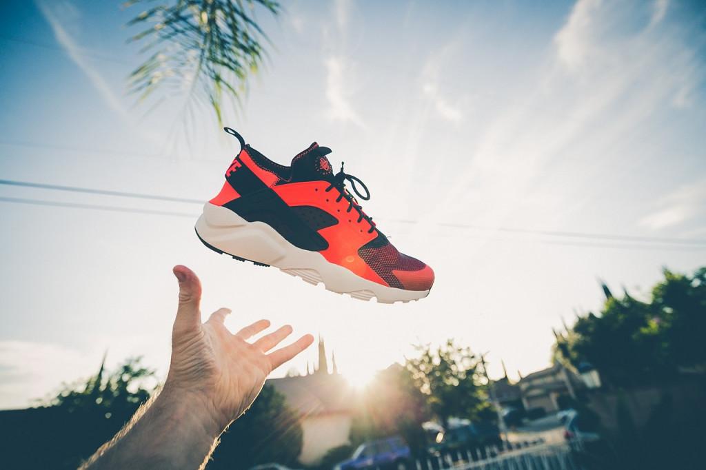 footwear-1838376_1280