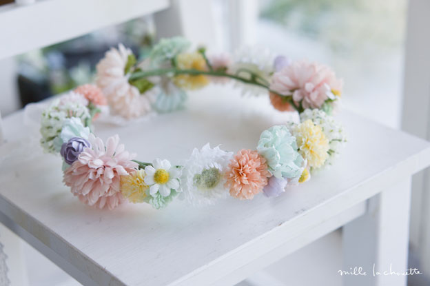 パステルカラーの花冠