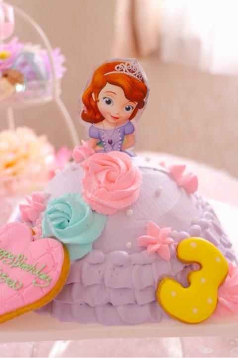 ソフィアのドールケーキ