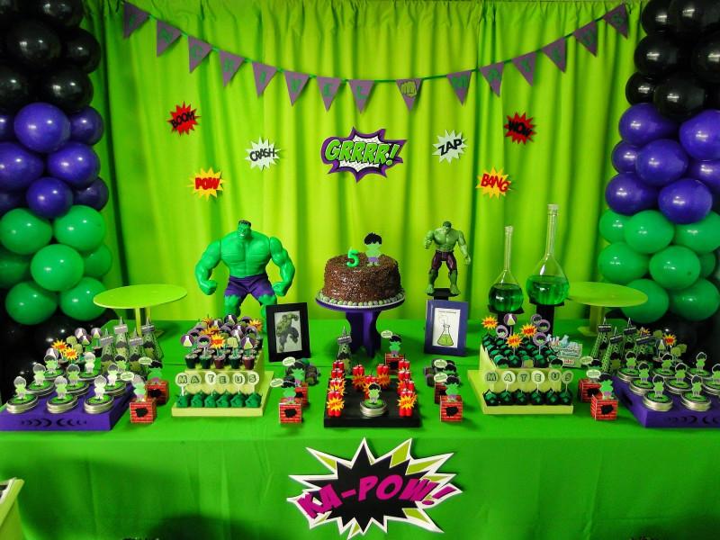 ハルクをテーマにしたお誕生日パーティー