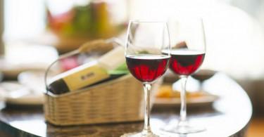 s_wine-1838132_1280 (1)