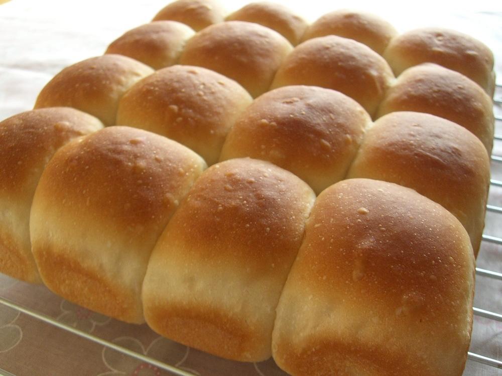 焼きたてのちぎりパン